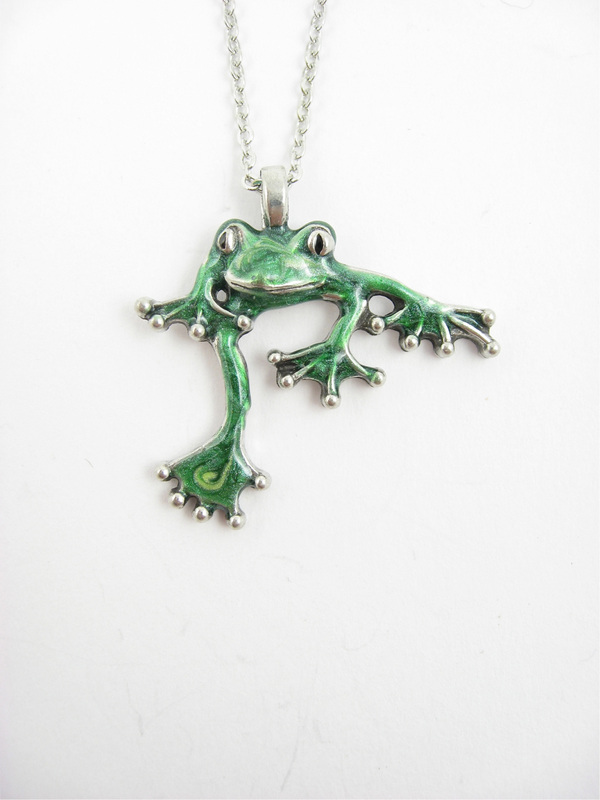 jewellery pendant silver product prey frog by