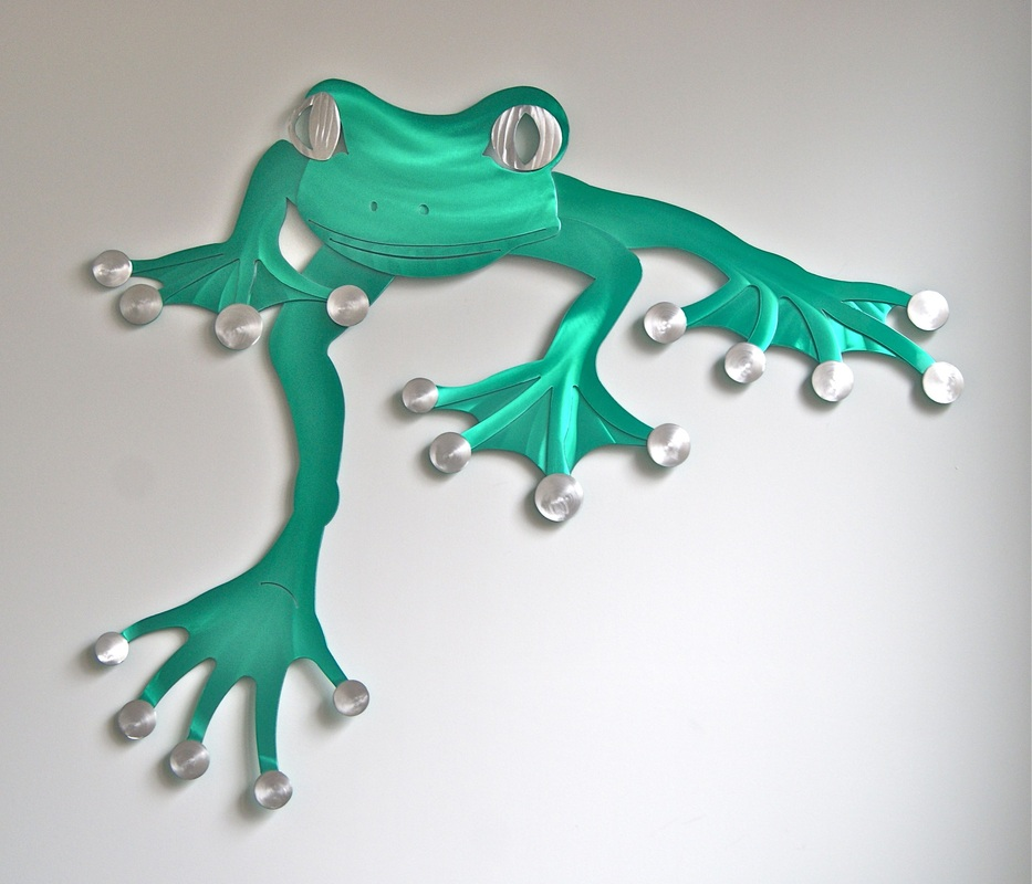 Climbing Frog Wall Art - Green (Item W001G) & Sculptures by Stepper Climbing Frog Wall Art - Green - Sculptures by ...